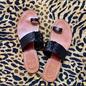 TORY BURCH toe ring sandals, excellent condition